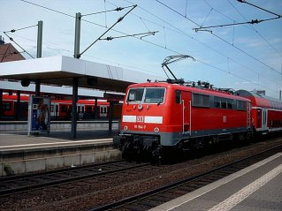 k-111 194 am 19.6.04 vor RE 15318 Fft-Fulda in Fft-S�d
